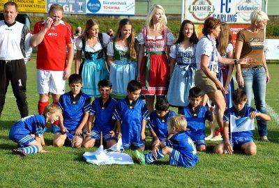 Benefiz-Fußballspiel in Sarling im Rahmen des Jubliäumsfestes 80 Jahre FC Sarling