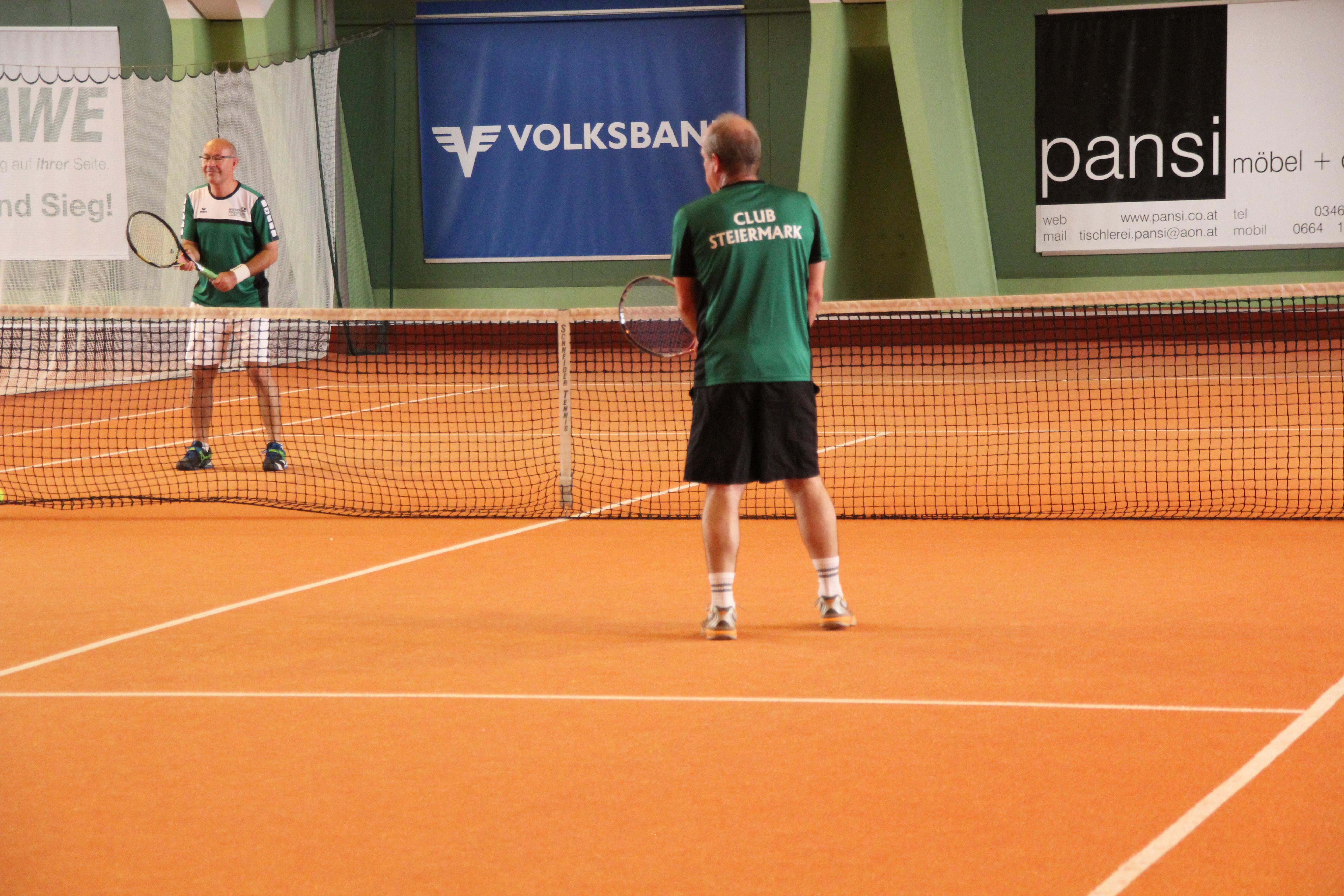 Grosse Hilfe Mit Kleinen Bällen Das 5 Benefiz Tennis Doppel Turnier